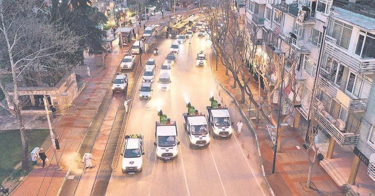 Tarihi caddelerde korona önlemi
