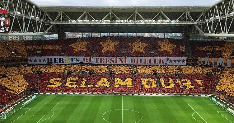 Galatasaray kaç kombine bilet sattı? Açıklandı...