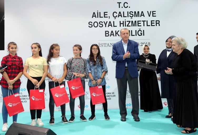Cumhurbaşkanı Erdoğan'dan Kasımpaşa'ya sürpriz ziyaret