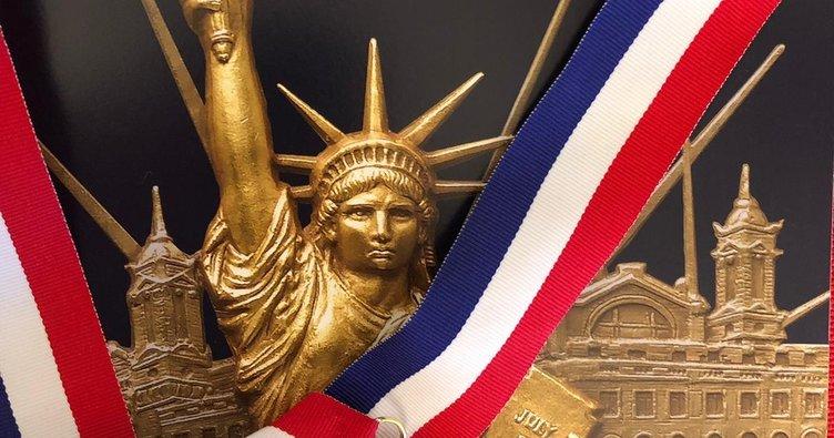 ABD'de 3 Türk'e Ellis Adası Şeref Madalyası verildi
