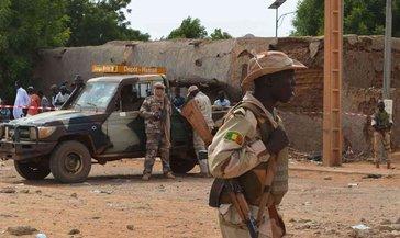 Mali'de ordu karargahına saldırıda 29 asker öldü