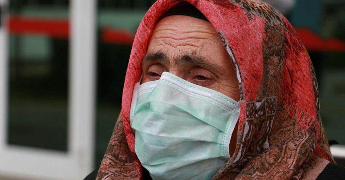 Coronavirüsü yendi ama sevinemedi! Yaşlı teyzeden yürek burkan sözler…