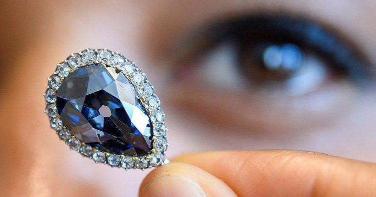 Mavi Elmas 6.7 milyon dolara satıldı