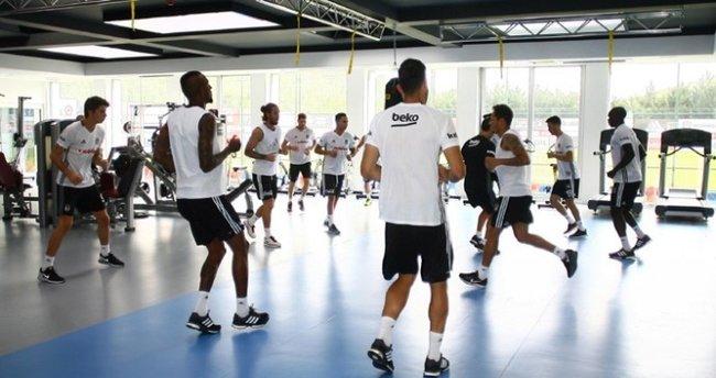 Beşiktaş, Akhisar maçı hazırlıklarına başladı
