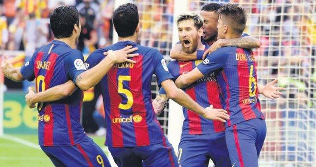 Lionel Messi ipten aldı