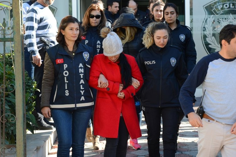 Antalya polisinden guten morgen operasyonu