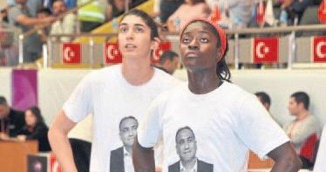 Basketbolcular Öztürk'ü unutmadı