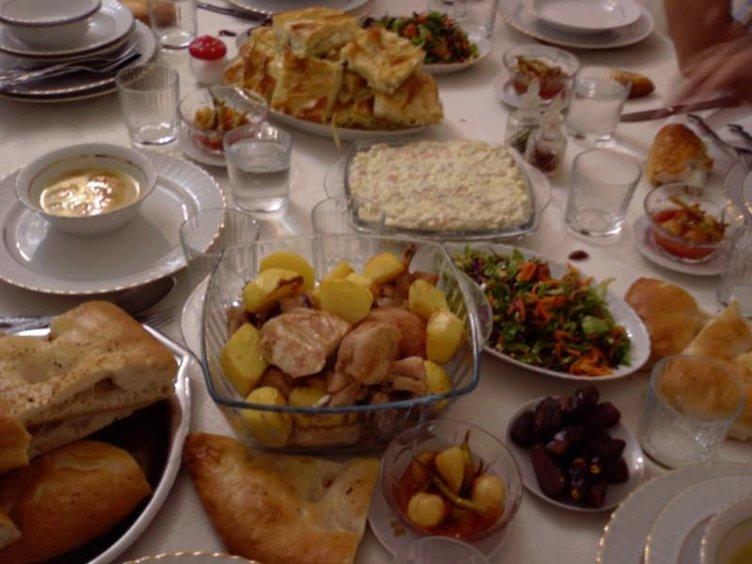 Ramazan'da kilo almaktan korkanlar dikkat!
