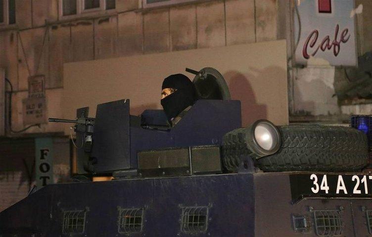 Gazi Mahallesi'ne terör operasyonu