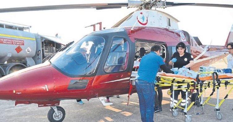 Ambulans helikopter Rüzgar için havalandı