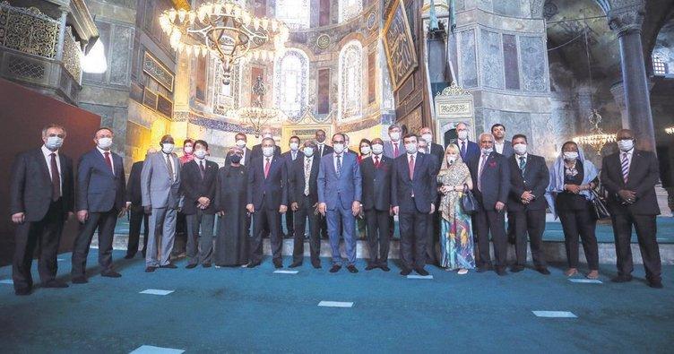 Büyükelçiler Ayasofya'da
