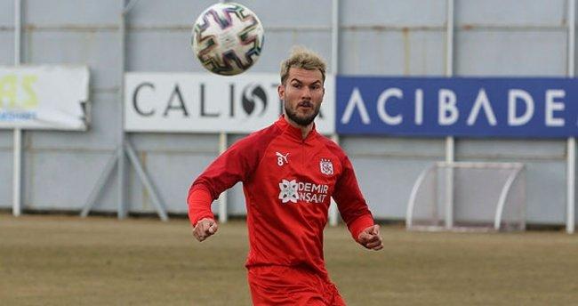 Robin Yalçın kararını verdi! Sivasspor'da kalacak mı? - Son Dakika Spor  Haberleri