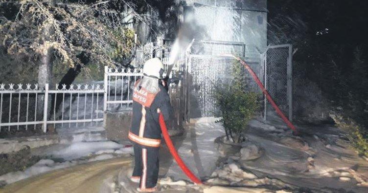 Trafo patladı mahalle karardı