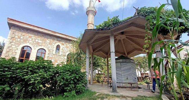 Yalova'da tarihi cami ibadete açıldı