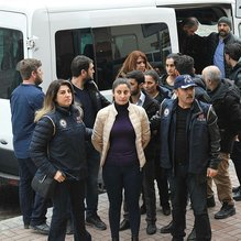 Terör propagandası yapan 7 HDP'li yönetici adliyeye sevk edildi
