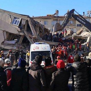 Elazığ ve Malatya'da deprem nedeniyle varlıklarının üçte birini kaybedenlerin vergi borcu silinecek