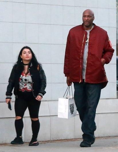 2.08'lik Lamar Odom'a 1.55'lik sevgili
