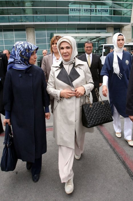 Emine Erdoğan Myanmar'a gitti