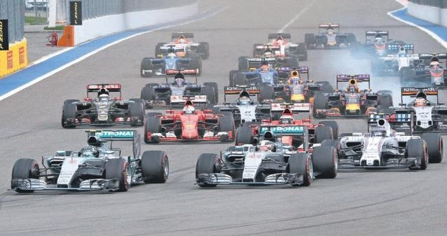 Formula 1 el değiştiriyor!