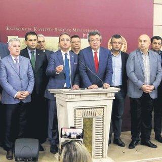 Erken seçime hazırlıksız yakalanan CHP ve İYİ Parti'den seçim hüllesi