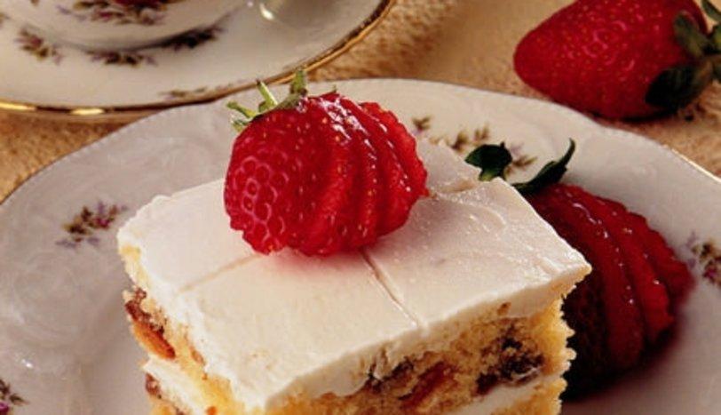 Mascarpone Kremalı İngiliz Keki (Endonezya Mutfağı)