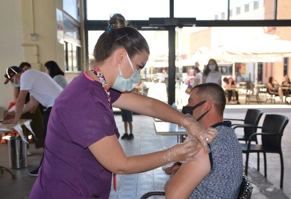 Antalya'da yapılan Kovid-19 aşısı 1 milyon 400 bini aştı 14