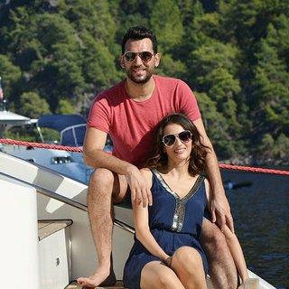 Murat Yıldırım'dan eşine doğum günü sürprizi!