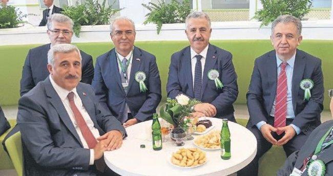 Türk müteahhitlerin başarısı gurur veriyor
