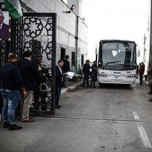 Refah 10 yıl aradan sonra ilk kez Filistin Yönetimi'nin kontrolünde geçişlere açıldı