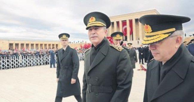 Komutanlar Şırnak'ta