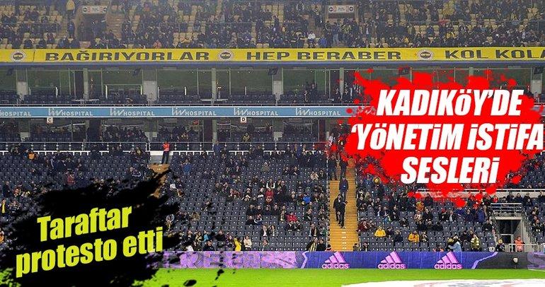 Kadıköy'de 'Yönetim istifa' sesleri