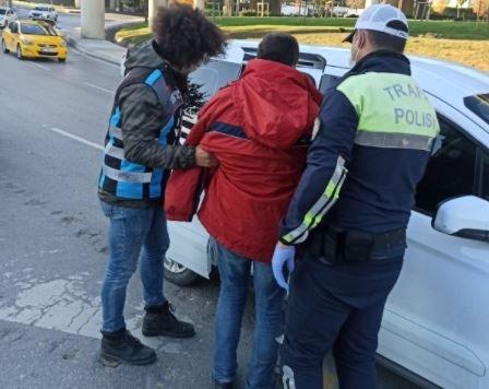 İstanbul'da iğrenç olay! Motosikletli sapık yakalandı - En Son Haber