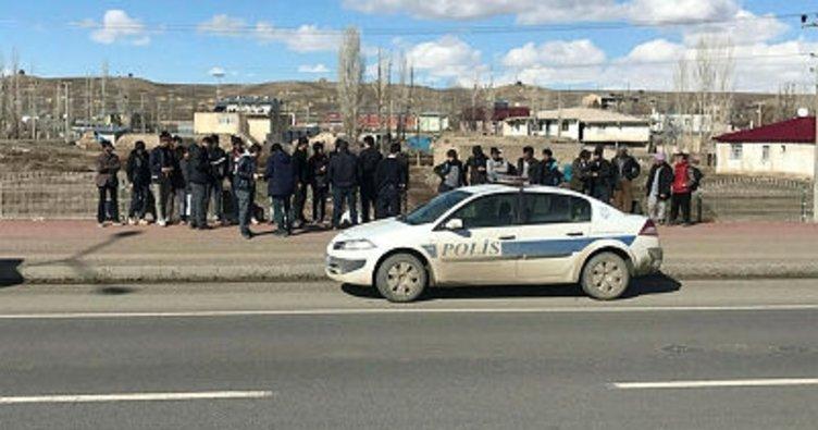 Horasan'da 50 kaçak göçmen yakalandı