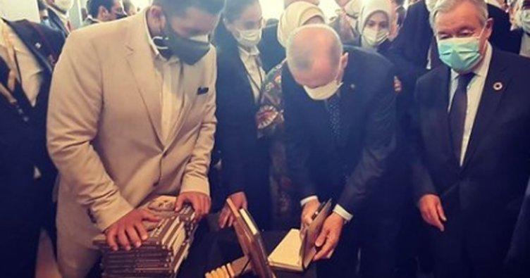 Başkan Erdoğan, 'Daha Adil Bir Dünya Mümkün' kitabını BM Genel Sekreteri Guterres için imzaladı
