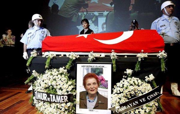Türkan Saylan'ın son yolculuğu