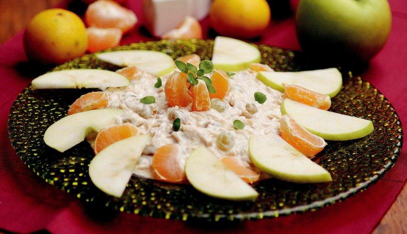 Waldorf Salatası Tarifi Salatalar Sofra