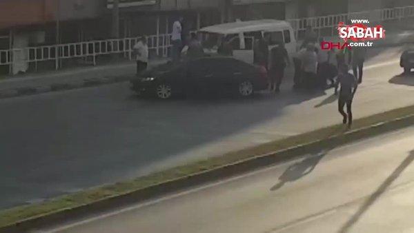 Yol verme tartışması kavgaya dönüştü | Video