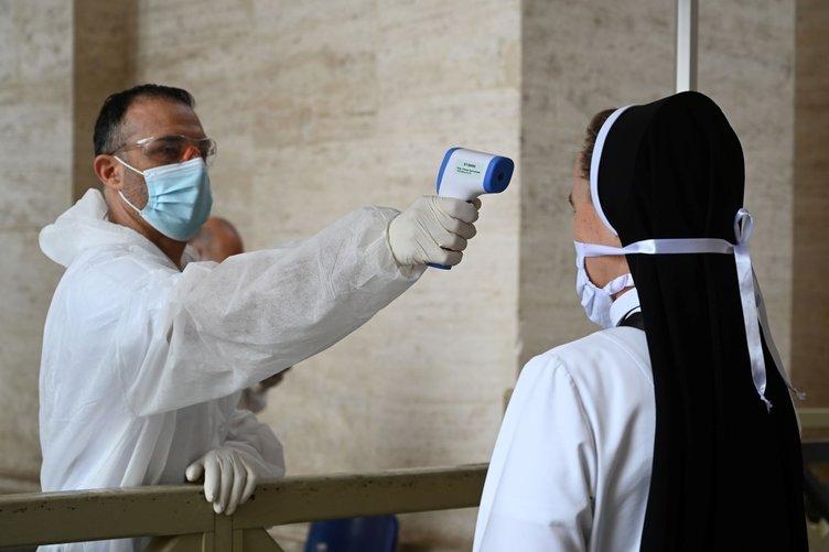 Son dakika haberi: Coronavirüs salgınında can kaybı 320 bini geçti! İşte ülke ülke coronavirüs vaka, ölü ve iyileşen sayıları...