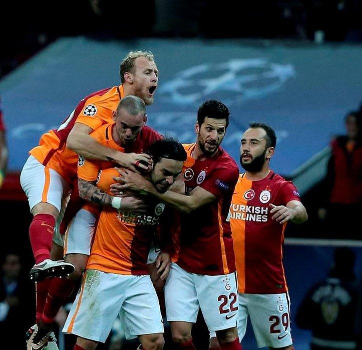 Galatasaray'da yaprak dökümü sürüyor