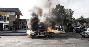 SON DAKİKA HABER - İnsanlık düşmanları sivilleri hedef aldı! Berde'den yürek yakan görüntüler...