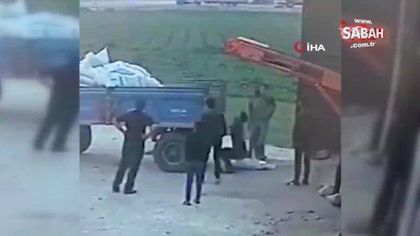 Mardin'de 50 kiloluk gübre torbasının çiftçinin üzerine düştüğü anlar kamerada | Video