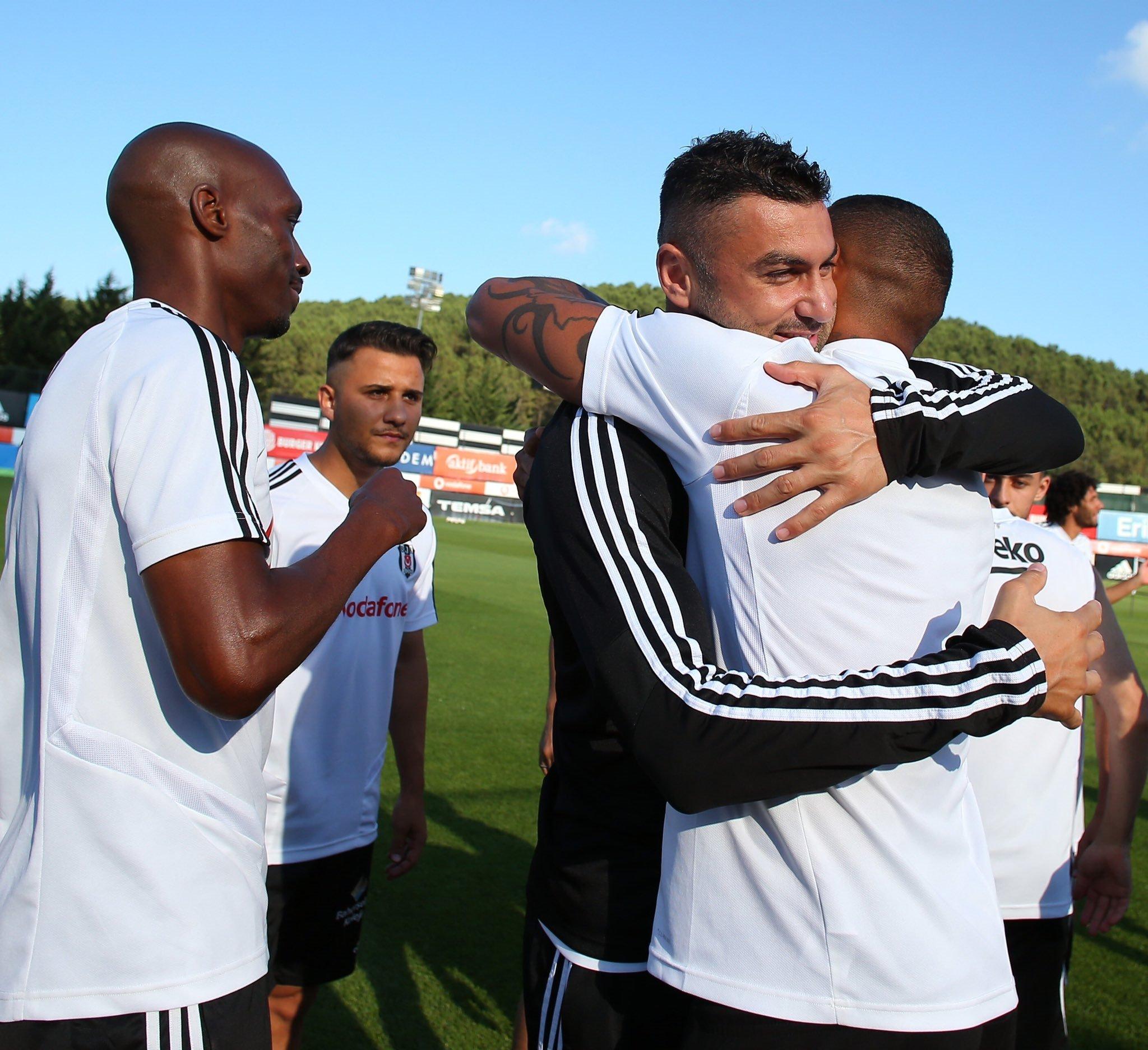 besiktasta kevin prince boateng besiktasa veda etti 1595523966102 - Son dakika: Beşiktaş'ta Kevin-Prince Boateng takımdan ayrıldı