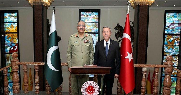 Akar Pakistan Genelkurmay Başkanı'nı kabul etti
