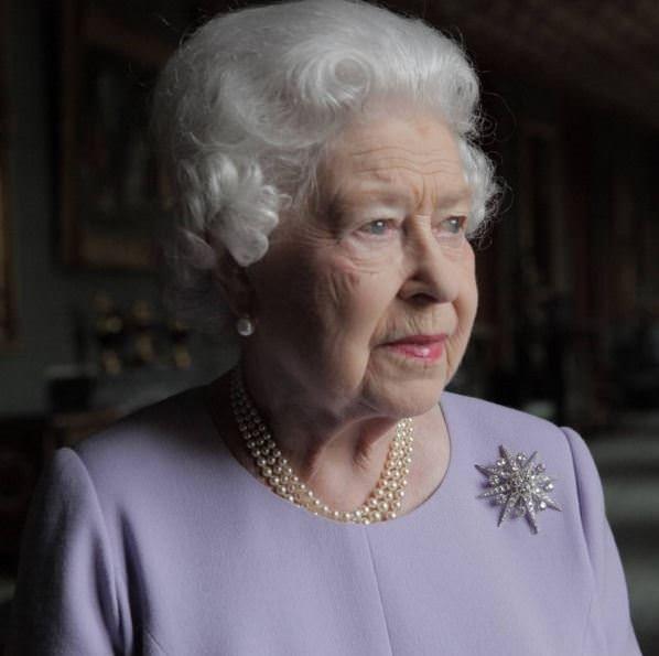 Kraliçe Elizabeth 90. yaşını kutluyor