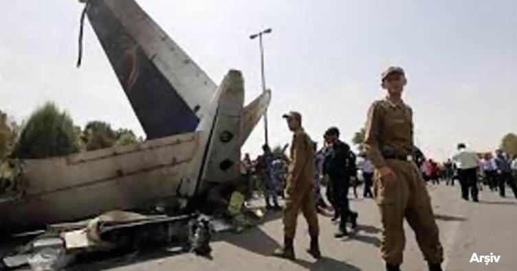 İran'da eğitim sırasında sivil uçak düştü: 2 ölü