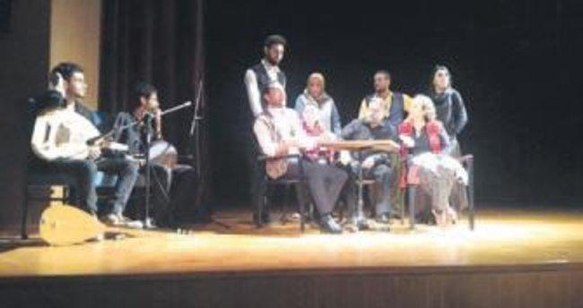 Ankaralı mali müşavirler tiyatro sahnesinde