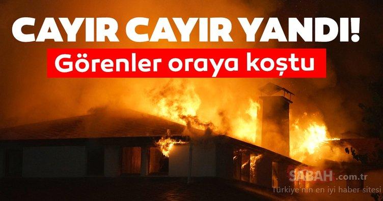 Kastamonu'da 3 katlı konağın çatı katında yangın çıktı!
