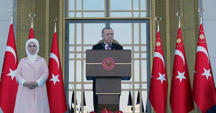 Son dakika... Başkan Erdoğan şehit yakınları ve gazilere seslendi: Şehadete yürümek için bir an bile tereddüt etmeyecektim