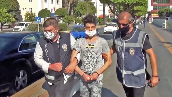 Antalya'da 8 yaşındaki kardeşini öldüren ağabeyden kan donduran cinayet sebebi itirafı | Video