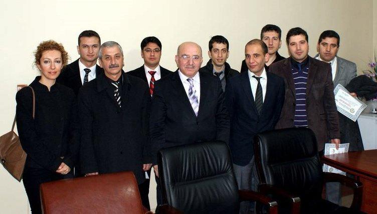 Diyarbakır'da bin 200 öğrenciye bedava ders veriyorlar